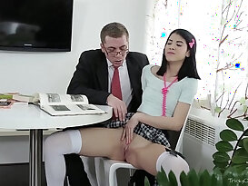 Tricky old teacher jody played with her wet pussy