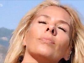 Adriane Galisteu na playboy agosto de 2011