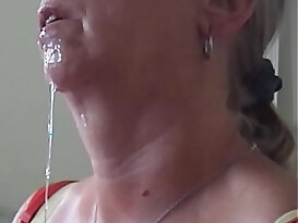 Aunty Shirley cumshot and swallow.