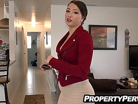 Sexy big ass real estate agent fucking client for the sale