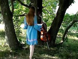 Beautiful Cello Artist