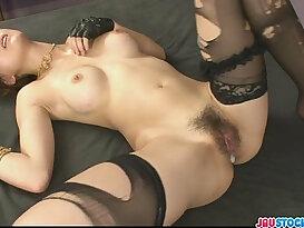 Pretty and horny babe Yuki Mizuho