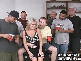Skinny Blonde Fuck Party!