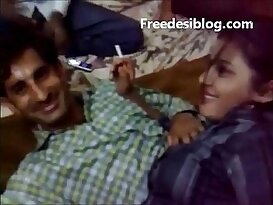 Desi desi Girl and Boy Enjoy in Hotel With Audio