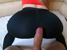 Sporty bitch Sonya does anal exercises in leggins with her boyfriend